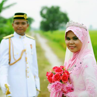 Fakhrul + Zuliana